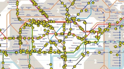 Live map of every London Underground Tube Train